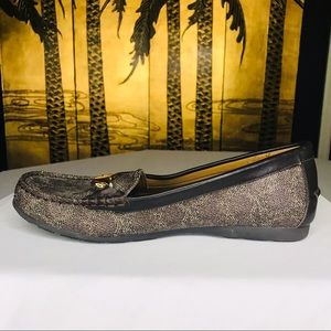 NWOB Coach Sig C Olive Slip On Leather Loafer